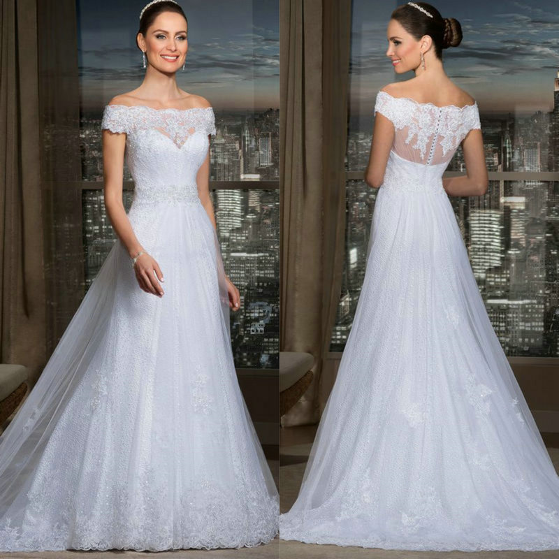 Vintage lace wedding dress with short sleeves white tulle for Lace sheath wedding dress vintage