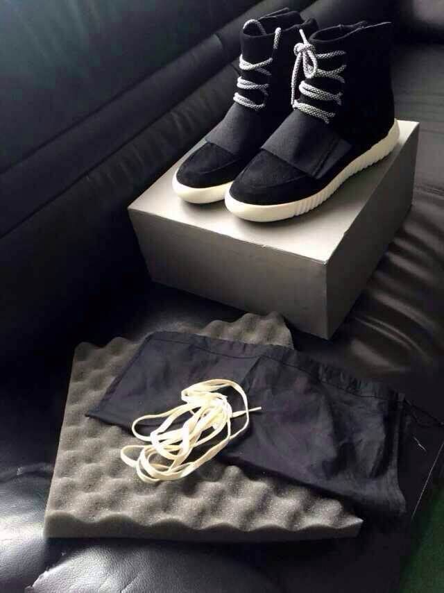 Limited Edition Brand Men Shoes Men'S Boots Kanye West Yeezy 750 Boots Men'S Shoes 2015 Fashiong Basketball Shoes With Box(China (Mainland))