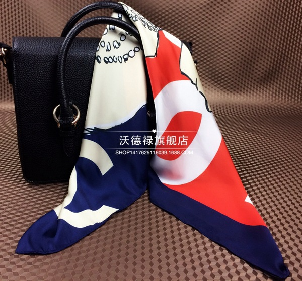 2015 new arrival all-match silk scarves women fashionable Miss cc avatar small square scarf(China (Mainland))