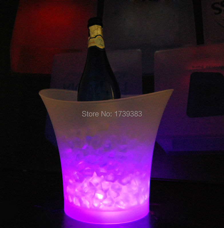 Free Ship 5Litre waterproof plastic LED Ice Bucket color changing 5L bars nightclubs LED light up Champagne beer Cooler Holder(China (Mainland))