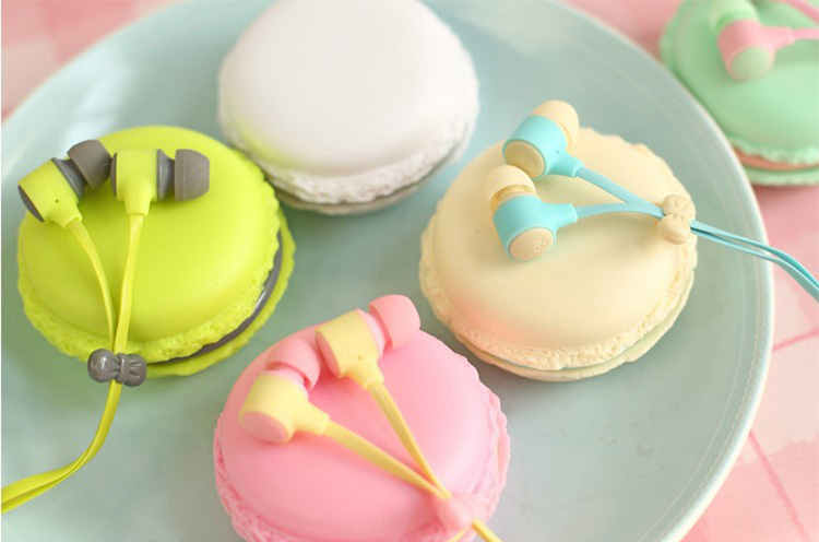 3.5mm Jack Macaron Case Packing Headphone Fashion Colorful Earphone With Mic For Phones MP3 Player Noodle Cable Earbud