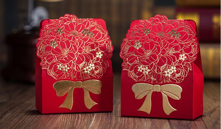 High Quality Sweet Moment Candy Box Wedding Favor 108*80*41mm Red Gold-Bronzed Flower(China (Mainland))