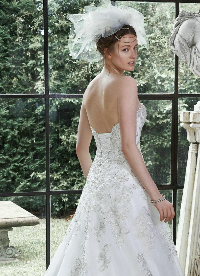 Princess cut wedding dresses detachable cap sleeve wedding for Wedding dresses princess cut