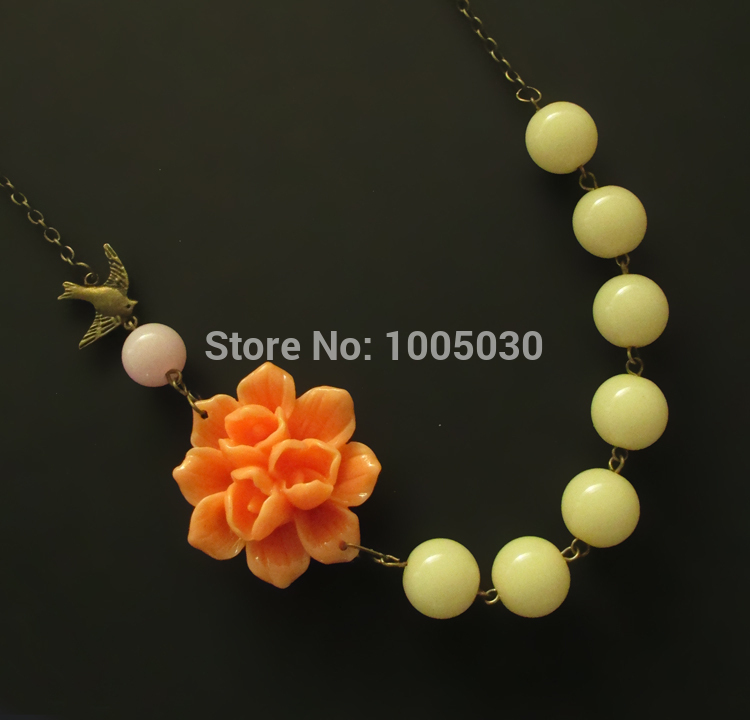 direct selling orange flower necklace yellow jewelry statement necklaces women channel necklace fashion bead necklace jewellery(China (Mainland))