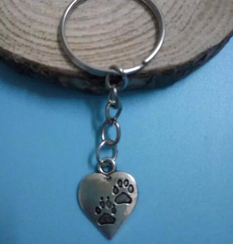 Dog Cat Paw Print Heart Charm Key Chain Plating Silver Pendant Key Ring Jewelry Gift 30 Pcs(China (Mainland))