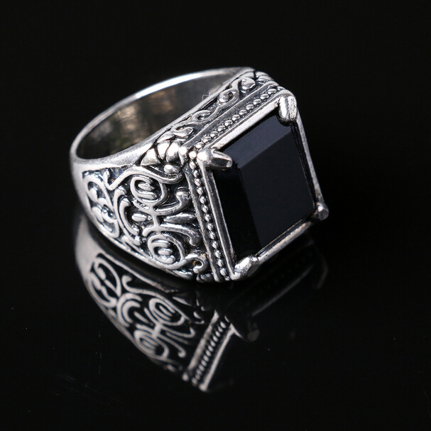 Chinese Style Men Jewelry Totem Ancient Silver Inlaid Black Enamal Resin Ring Cool Tide Big Indian Four-prong Men's Rings(China (Mainland))