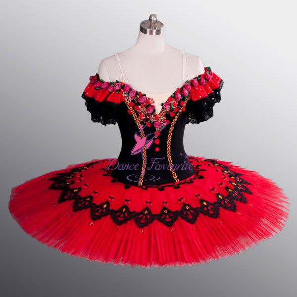 Robe noire style espagnol