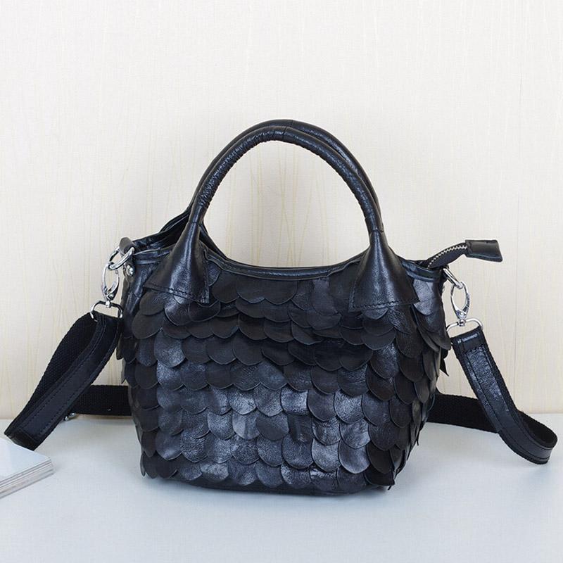 New 2016 Sheepskin Handbags Genuine Leather Women's Shoulder Bag Fashion Patchwork Mini Bags Black Small Tote Lady Messenger Bag(China (Mainland))
