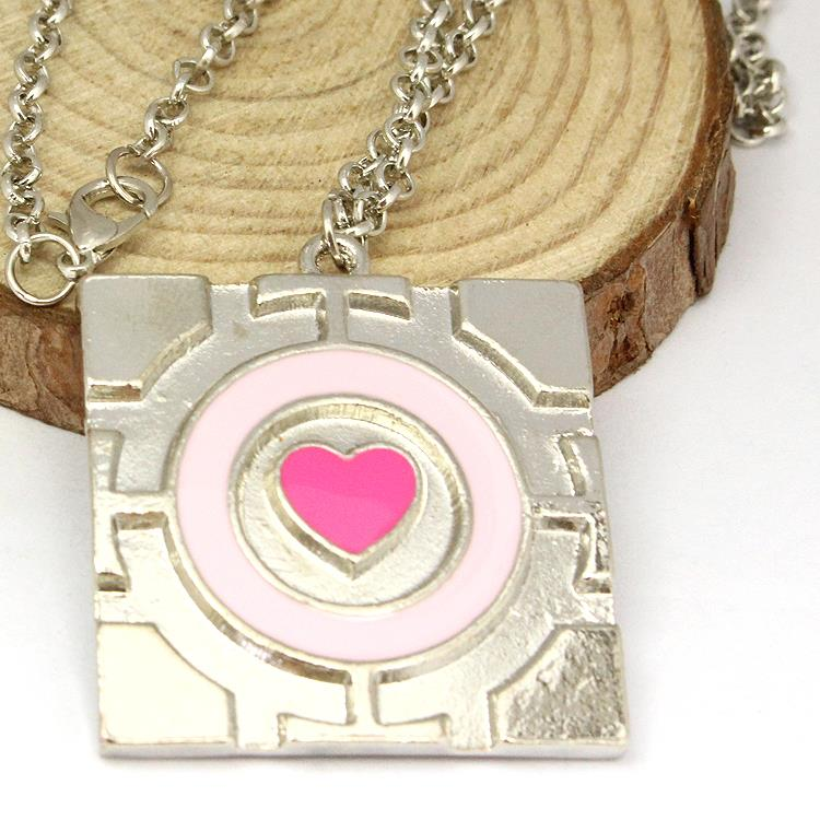 Free Shipping New Popular Pink Heart Chain Pendant Necklace The Portal Necklace Companion Cube Necklace Hot Sale Wholesale(China (Mainland))