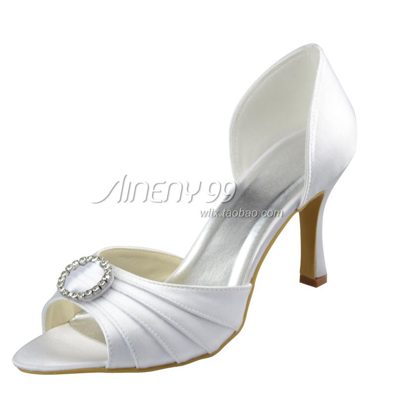 white low heel open toe shoes foto artis candydoll
