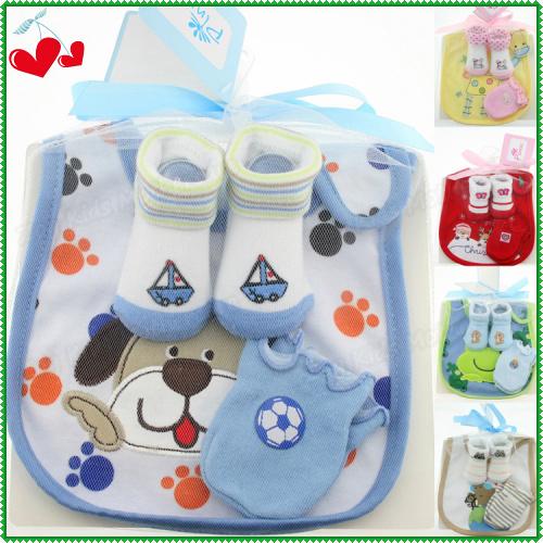 High Quality Cotton Infant Products 3 Pcs Set =Cartoon Baby Bib Slobber Towel+Newborn Anti Scratch Mittens+Sockings & Hosiery(China (Mainland))