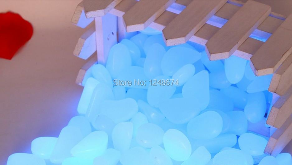 Здесь можно купить  1Kg Free shipping Blue Luminous Pebble In The Dark, blue glow Pebbles Stones ,luminous PS pebble stones for garden and aquarium  Строительство и Недвижимость