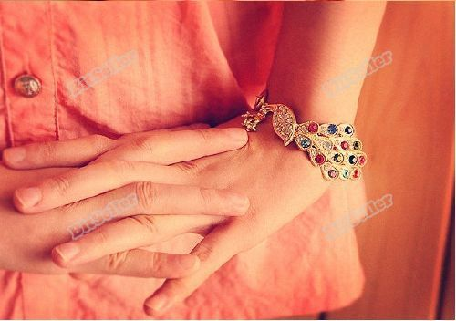 Webmax Hottest! Vintage Gold Colorful Crystal Peacock Bangle Bracelet Bird Rhinestone Hand Chain best services(China (Mainland))