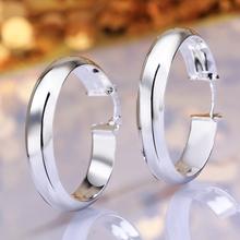 Alta qualità libera di trasporto 925 argento orecchini gioielli orecchini moda bella orecchini rotondi(China (Mainland))