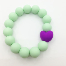 Silicone Teething Bracelet 100% food grade silicone round beads with heart beads bracelet BPA silicone teether bracelet(China (Mainland))