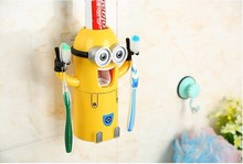 2016  newest Products Cute Minions Design Set Cartoon yellow doll Toothbrush Holder Automatic Toothpaste Dispenser  toothpaste(China (Mainland))