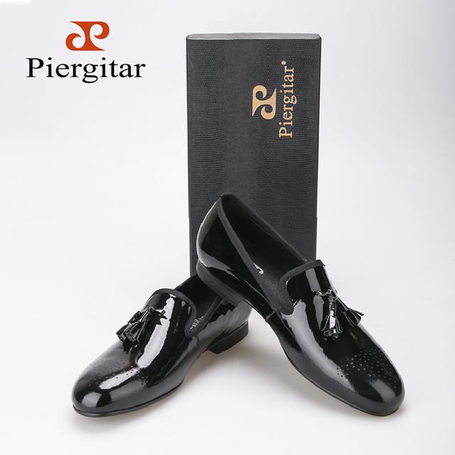 Черной лакированной кожи мужчины туфли с кисточкой Большой размер мужчины мокасины ...