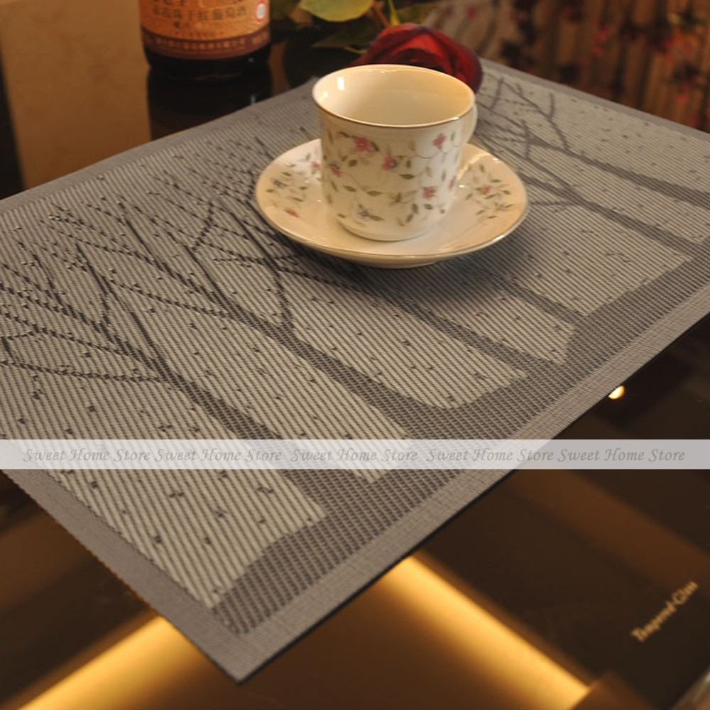 YEVITA Brown Trees Pattern PVC Dinner Table Placemats Heat Resistant Disc Bowl Pad Mat Set of 2(China (Mainland))