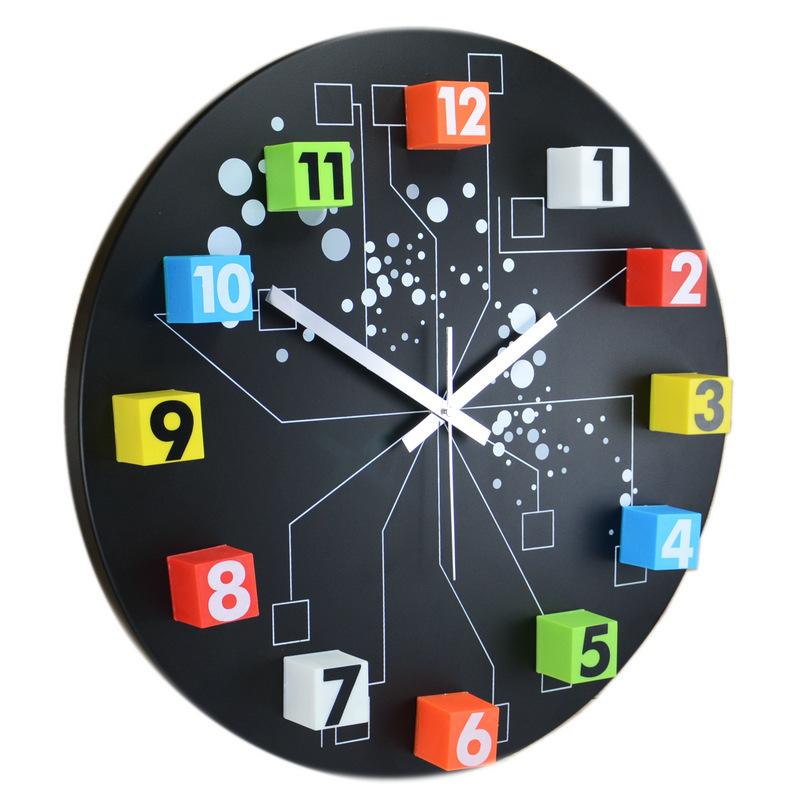 Free shipping The movable wall clock iron Bizhong fashion wall clock drawing sun movement(China (Mainland))