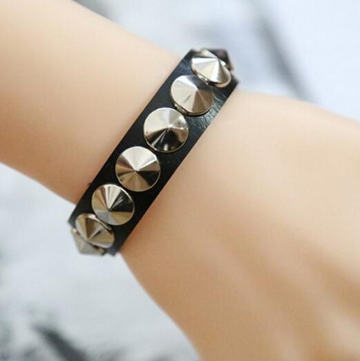 (2 Colors)2017 NEW Fashion Design Unique Punk Gothic Rock Leather Rivet Stud Spike Bracelet Cuff Bangle Wristband For Women Men(China (Mainland))