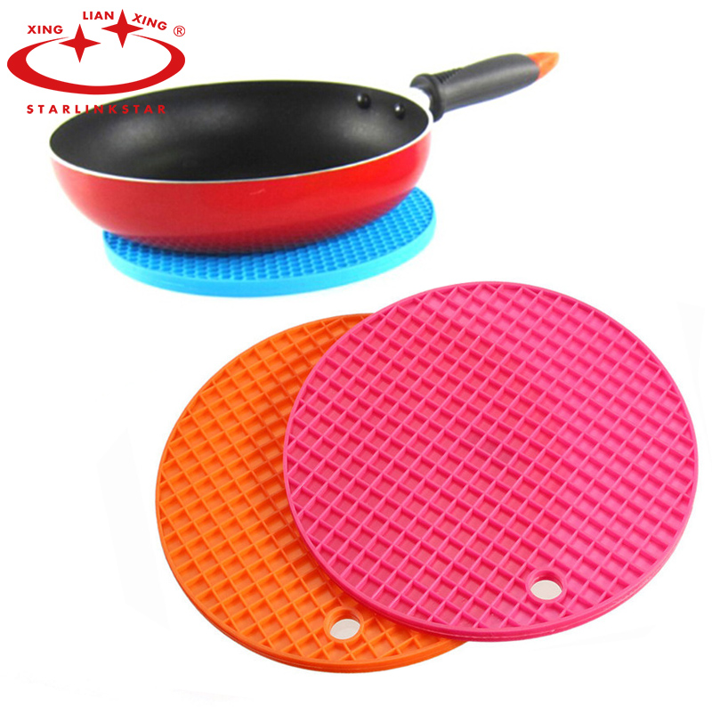1pcs colorful round silicone mat non slip heat resistant mat coaster cushion placemat pot holder table kitchen accessories - Kitchen Table Cushions