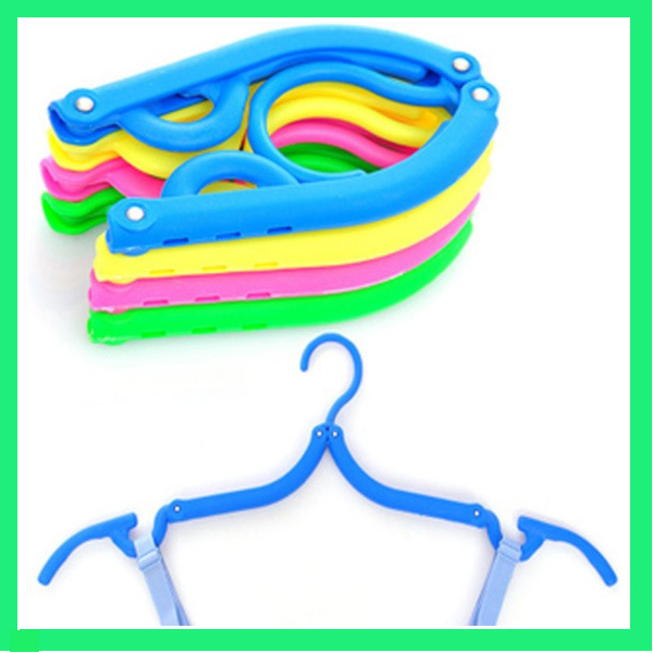 5PCS Portable Folding Plastic Clothing Coat Hanger Travel Foldable Hanger(China (Mainland))