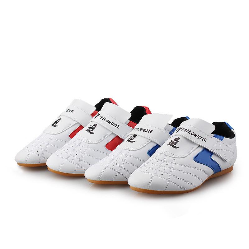 Taekwondo shoes Kung Fu Wu Shu Karate wrestling shoes woman Adult male and female martial arts  breathable slip shoes Sneakers