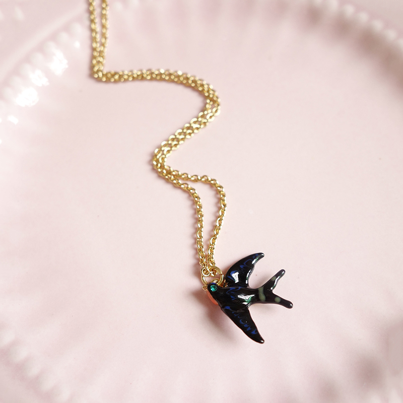Simple Elegant Swallows Pendant Necklaces Lovely Birds Necklace For Women Good Gift Les Nereides Swallows Series(China (Mainland))
