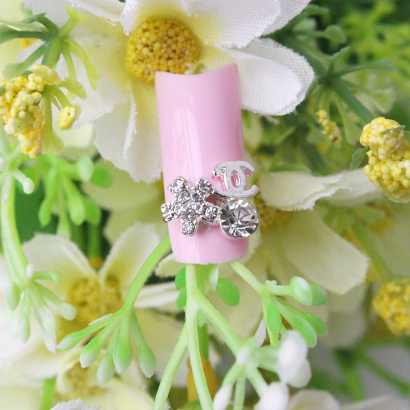 10pcs/pack Star Plus Big Size Nail Design 3D Nail Art Decorations Beauty Shiny Rhinestone Tips Nail Stud(China (Mainland))