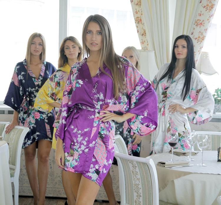 RB008 2015 Short Style Woman Peacock Printed Silk Kimono Robes Wedding Party Bridesmaid Robe