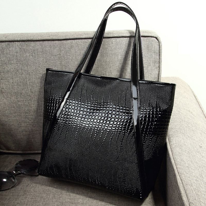 2014 women's serpentine pattern fashion handbag japanned leather embossed bag one shoulder casual portable large black - fashional accessories store