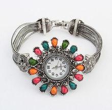 2015 nueva marca de relojes de moda colorido dulce mujeres del reloj para mujer cristal de cuarzo vestido reloj de pulsera