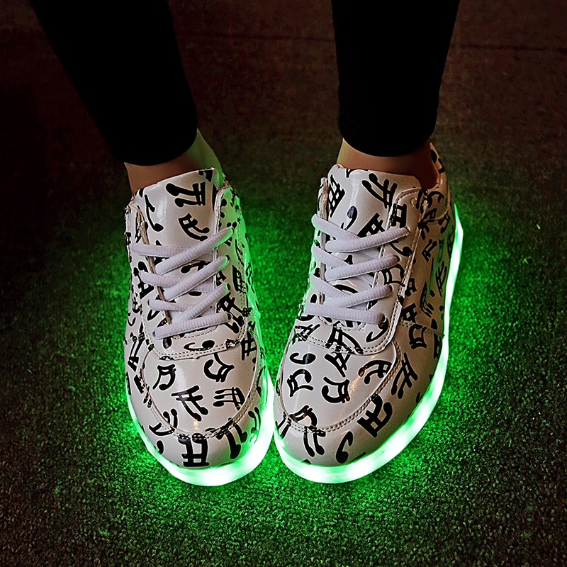 New Basket Light Up Shoe For Adults Mens Shoes Led Schoenen Unisex Casual Music Homme Luminous Femme Chaussures Lumineuse FDH88