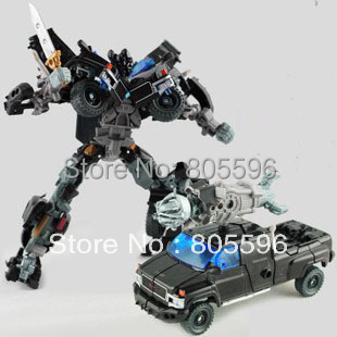 19cm Ironhide 3C Domestic Voyager Deformation Robot Dark of the Moon Action Figures boy's birthday toy Without the original box(China (Mainland))
