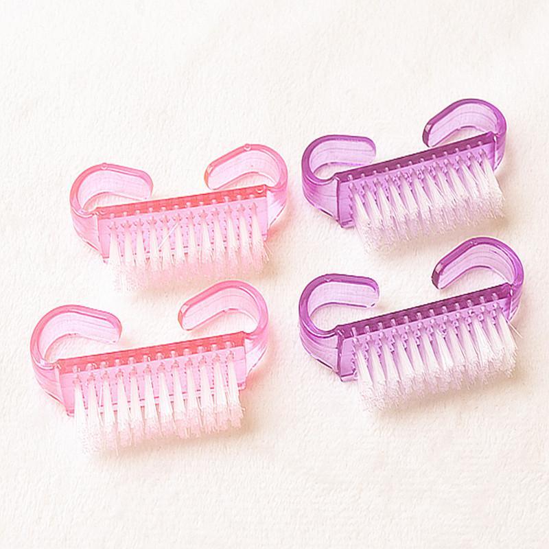 Trendy Nail Dust Brush Gel Nail Polish Finger Art Horn Shape Cleaner Plastic Manicure Pedicure Soft Small Cute Random Tool(China (Mainland))