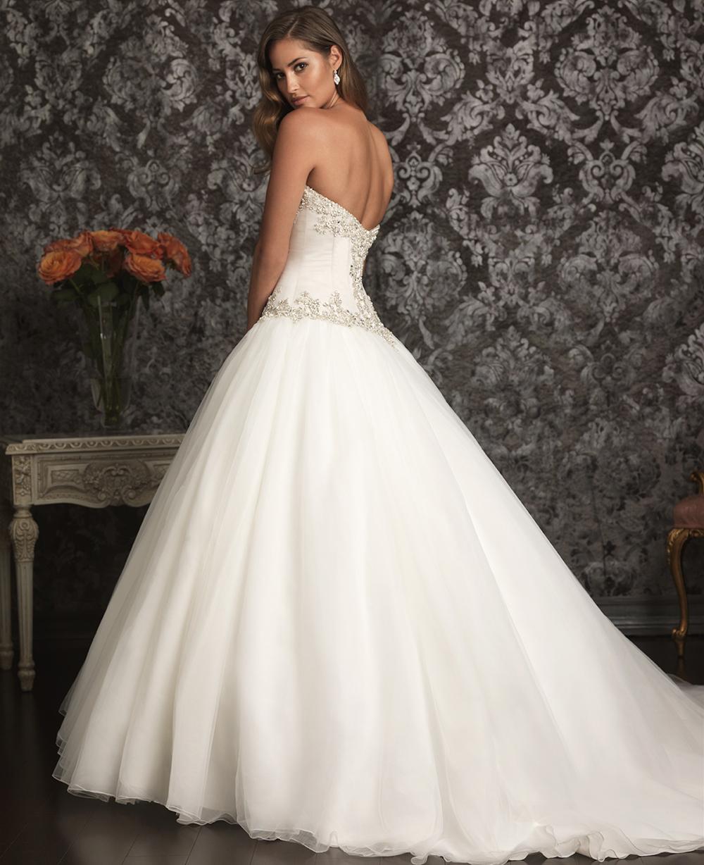 ballgown robe de mari e peinture