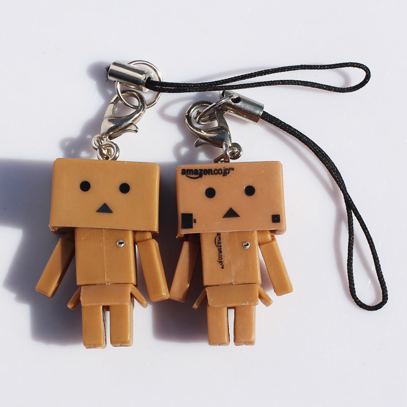 DHL Free Shipping 100pcs/lot danbo Action Figure Toy one piece anime figure keychains toys mini danboard doll <br><br>Aliexpress