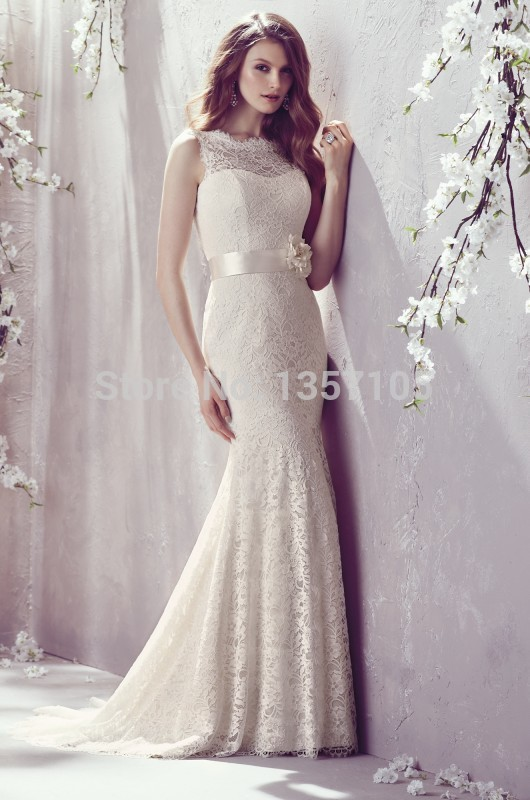 Most popular vintage lace sheath wedding dresses with sheer scoop