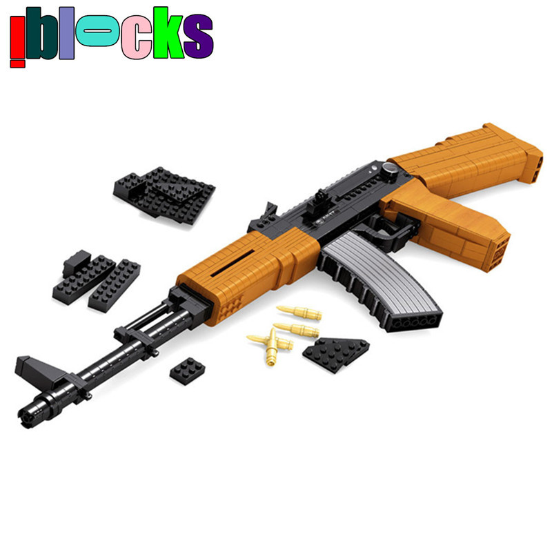 617pcs AK47 Assault Rifle Scale Models & Building Toy 1:1 Russian Military Weapons Police Gun Hobby Assemblage Blocks For Boys(China (Mainland))