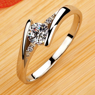 Austrian Crystal Love Rings for Women Wedding Bands Girls Gift 2015 Fashion CZ Diamond Engagement Cheap Jewelry Hot Sale R022(China (Mainland))