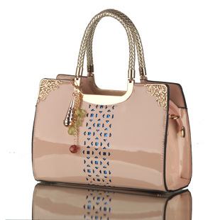 Limited to buy new bags patent leather handbags Korean fashion hollow portable shoulder bag influx of foreign trade(China (Mainland))