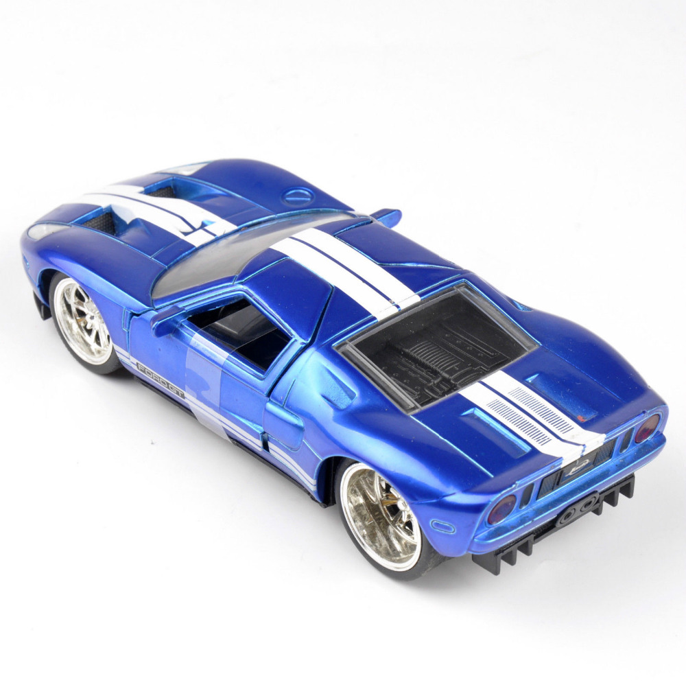 Collectible Gift Jada Car 1/32 Scale Diecast Car Model Blue 2005 Ford GT MInicar Model Kids Toys Gift Free Shipping(China (Mainland))