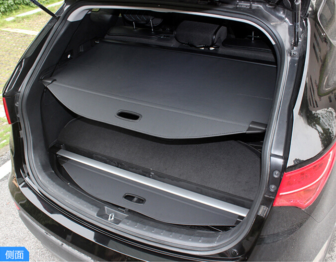Здесь можно купить  High Quality Aluminum + Canvas Black Rear Cargo Cover Fit For Chevrolet Captiva Five Seat 2007 2008 2009 2010 2011 High Quality Aluminum + Canvas Black Rear Cargo Cover Fit For Chevrolet Captiva Five Seat 2007 2008 2009 2010 2011 Автомобили и Мотоциклы