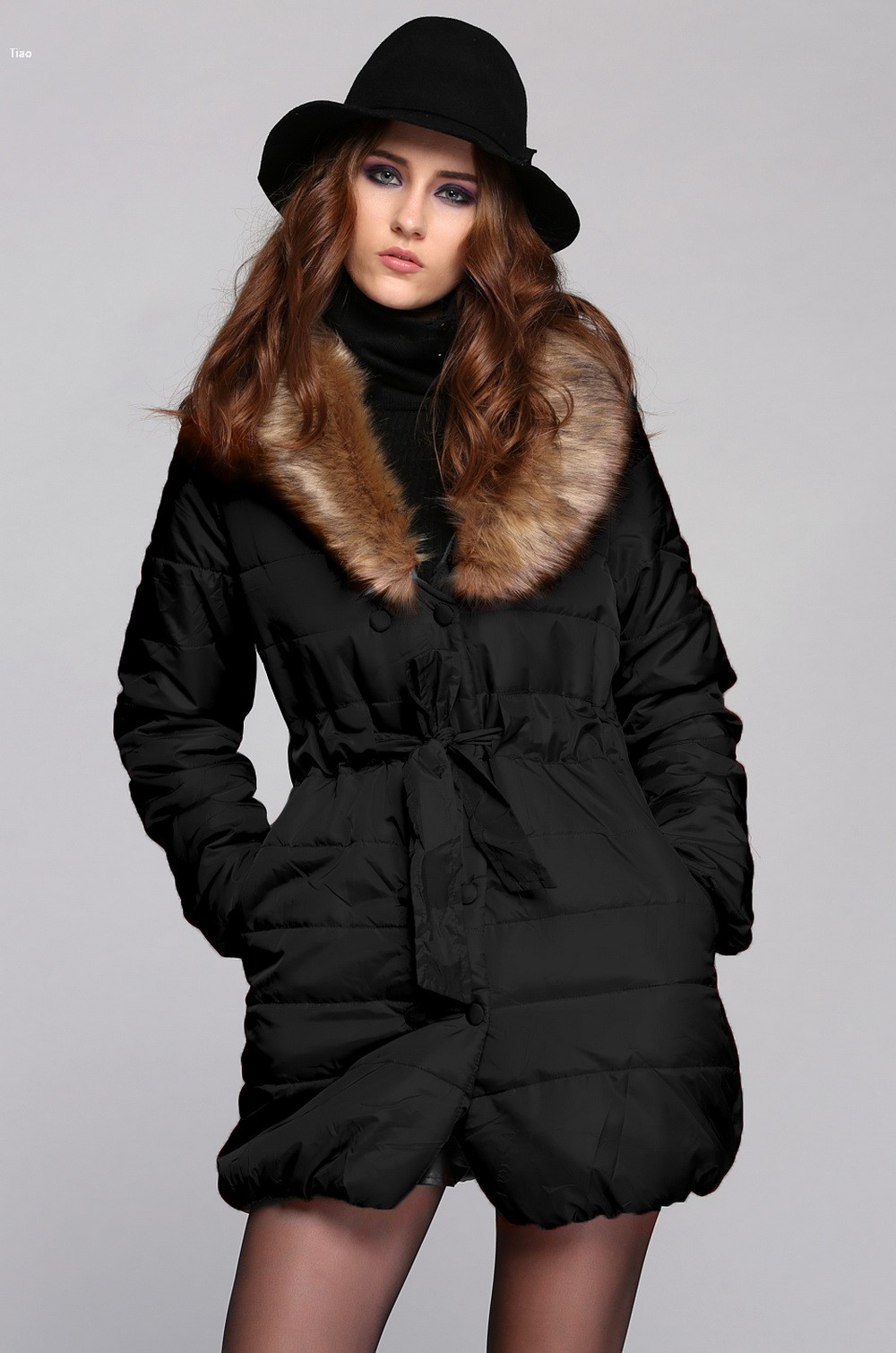 Elegant Women's Winter Coat Double Breasted Raccoon Fur Collar Warm Down Jacket(China (Mainland))