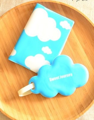 Blue clouds passport holder,Travel must be passport covers,The beauty of the passport bag(China (Mainland))