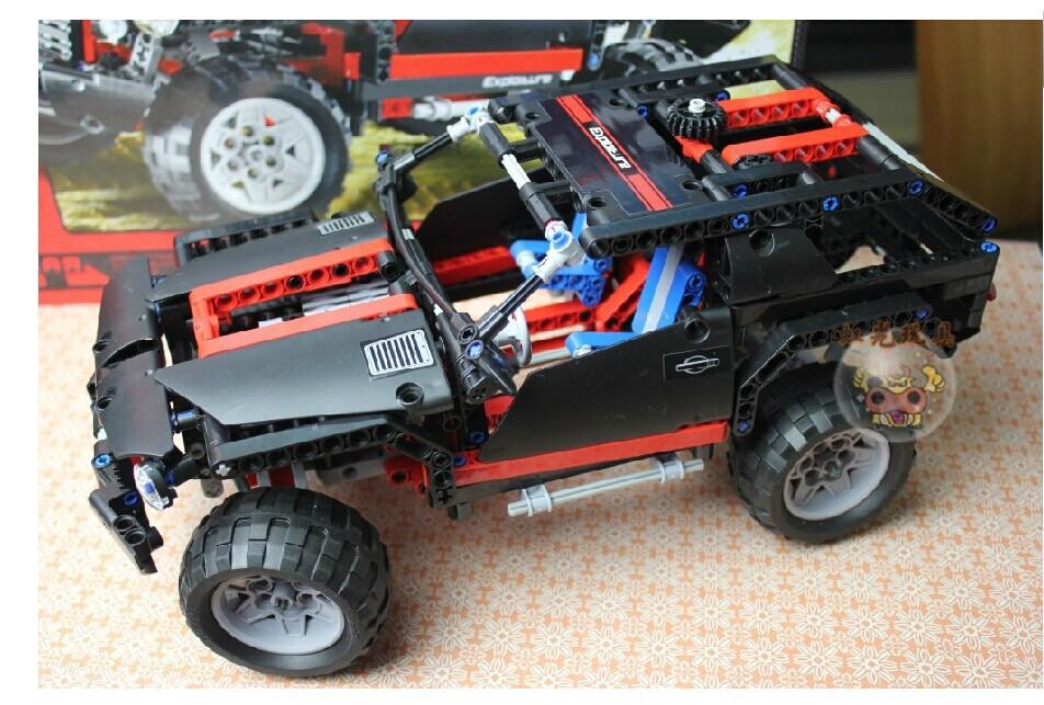 Decool Transport Cruiser SUV 589pcs Racing Car Model Building Block Sets DIY Bricks kids diy Toys building Legoelieds technic(China (Mainland))