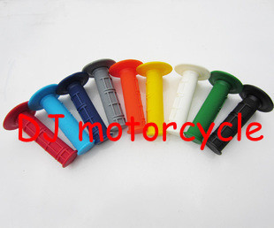 Universal motorcycle hand grips wholesale Soft dirt bike grips with 9 colors available Cheap ATV plastic body parts1lot=50 pairs