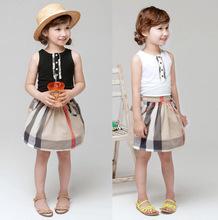 Inghilterra griglia di estate delle ragazze vest + vestito di pannello esterno di stile di marca 2016 ragazze breve set per bambini kids clothes set(China (Mainland))