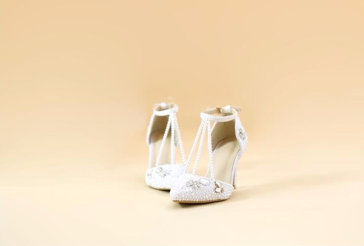 White bride rhinestone shoes pearl wedding shoes bridesmaid wedding dinner high heels pumps women shoes ankle strap Pumps
