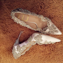 Only KEQI have! 3 Colors Elegant silk fabric Czech rhinestone pointed toe pumps for women wedding bling thin heels free shipping(China (Mainland))